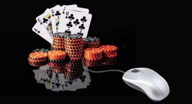 Spelkort, spelmarker och datormus